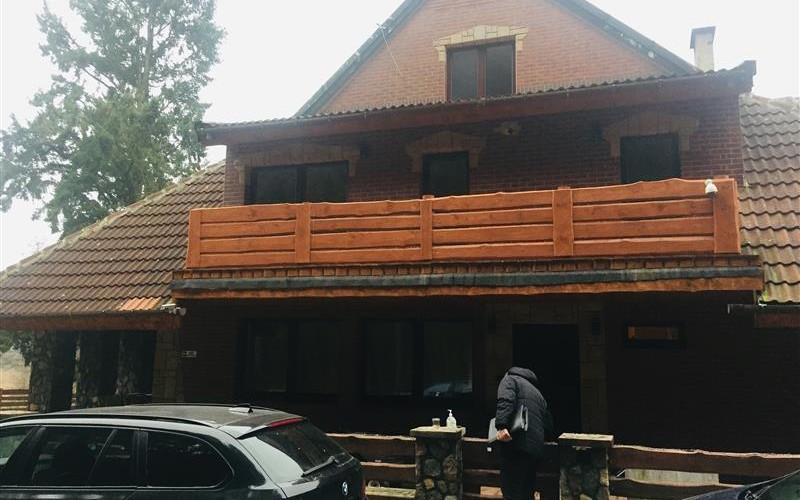 Udział w nieruchomości zabudowanej domem jednorodzinnym. Domy. ul. Rybacka 13, 78-425, Biały Bór, (woj. zachodniopomorskie)