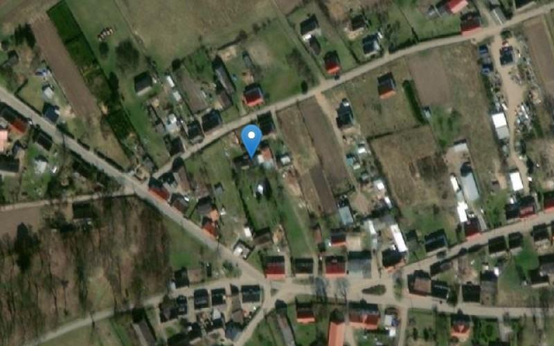Udział w nieruchomości zabudowanej budynkiem mieszkalnym i gospodarczym. Domy. ul. Szkolna 4, 78-400, Żółtnica, (woj. zachodniopomorskie)